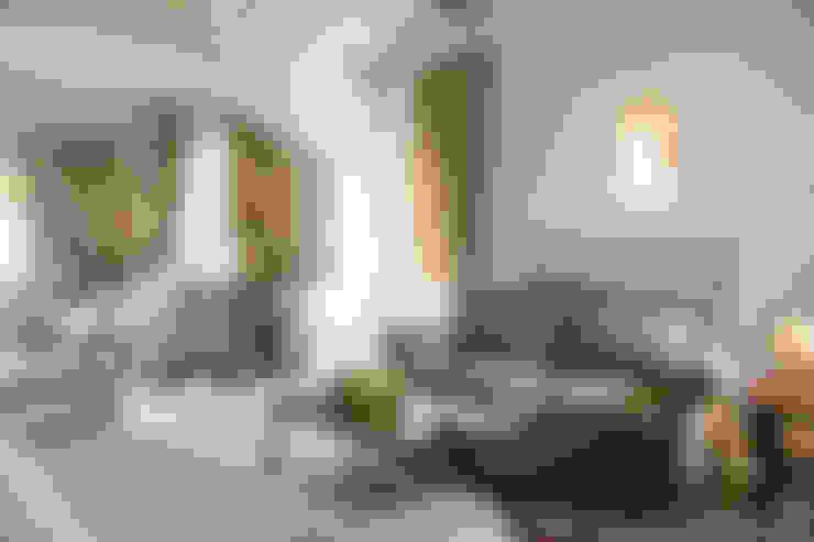 Salas / recibidores de estilo  por Arlene Gibbs Décor
