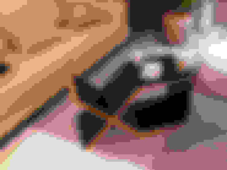 Multimedia room by MEDIUM