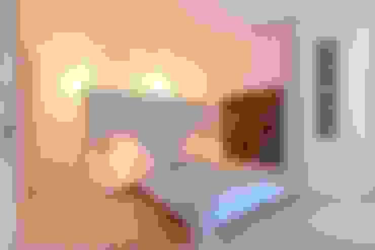 Phòng ngủ by WAF Architekten