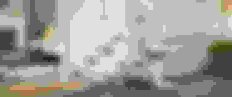 Lifta Esprit:  Flur, Diele & Treppenhaus von Lifta GmbH