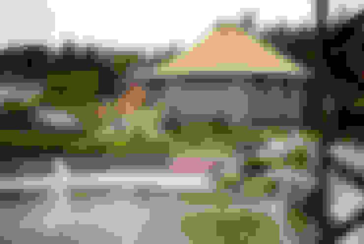 юрта в подмосковье: Дома в . Автор – Архитектурное бюро и дизайн студия 'Линия 8'