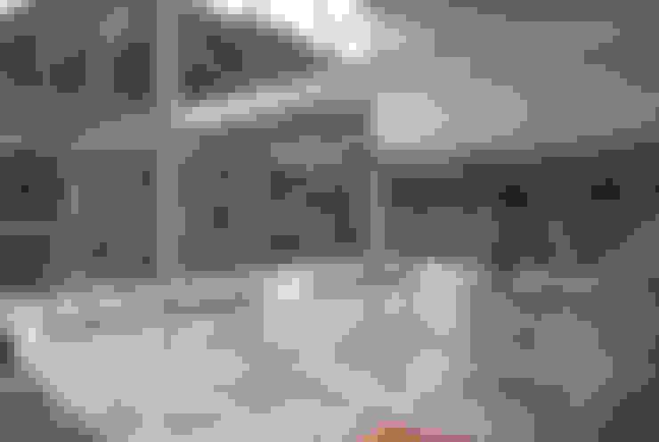 Casa Serrana por Joao Diniz Arquitetura: Salas de estar  por JOAO DINIZ ARQUITETURA