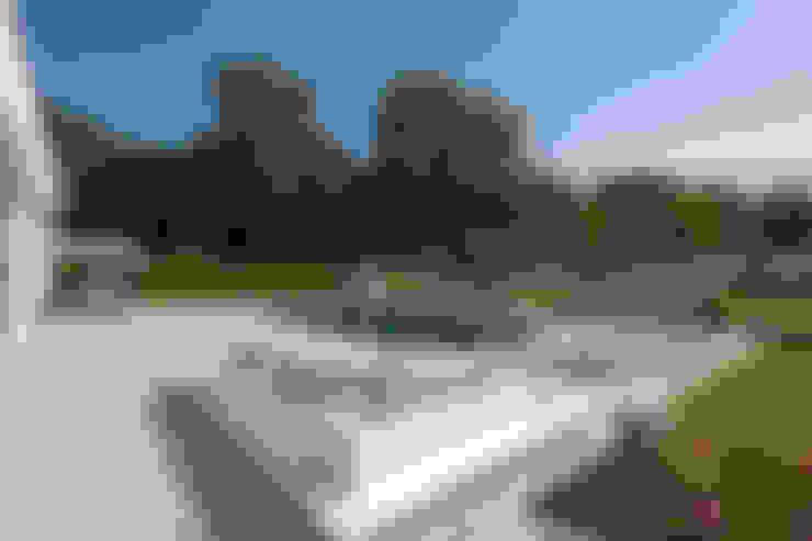 Hồ bơi by Löchte GmbH