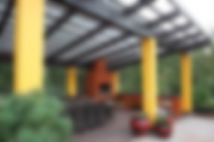 Подмосковный загородный дом для отдыха большой семьи и приема гостей  : Tерраса в . Автор – AlenaPolyakova.com