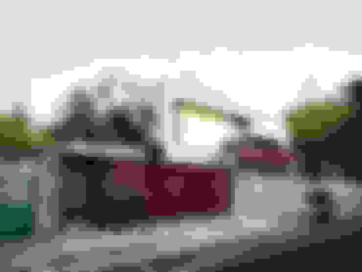Rumah by Hoz Fontan Arquitectos