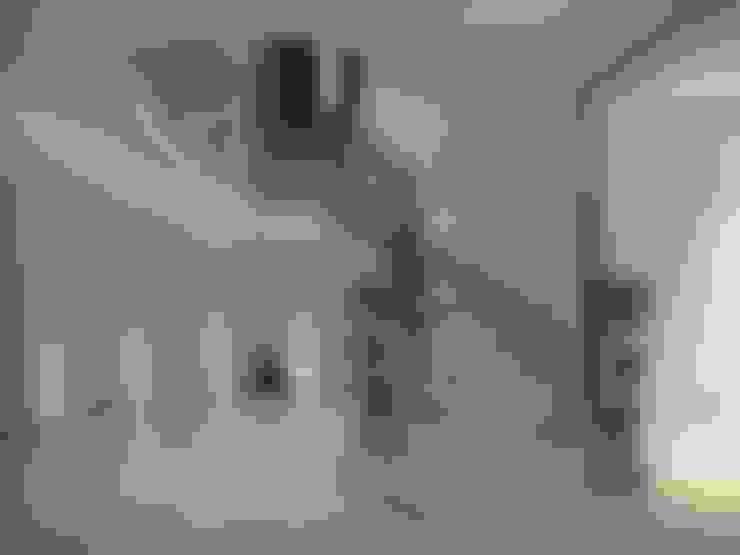 Projekty,  Korytarz, przedpokój zaprojektowane przez Stair Factory