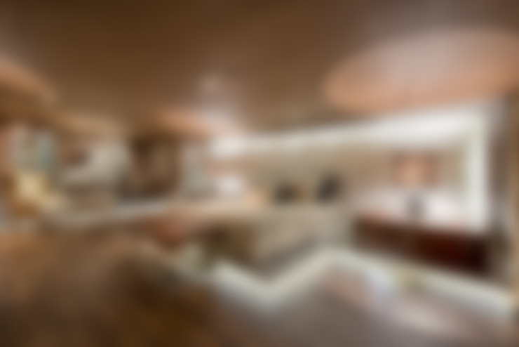 Bedroom by Riskalla & Mueller Arquitetura e Interiores