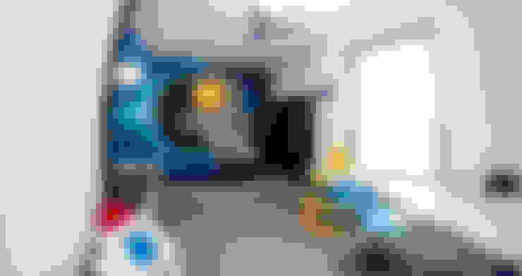 Nursery/kid's room by Ewa Weber - Pracownia Projektowa