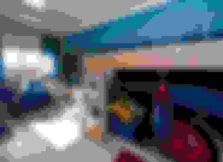 PROJETO ARQUITETÔNICO INTERIOR DA RESIDÊNCIA ZIMATH (Fotos: Lio Simas): Quarto infantil  por ArchDesign STUDIO