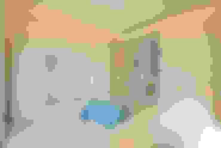 Salas / recibidores de estilo  por Viviana Pitrolo architetto