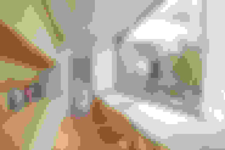 Escritórios  por Mアーキテクツ|高級邸宅 豪邸 注文住宅 別荘建築 LUXURY HOUSES | M-architects