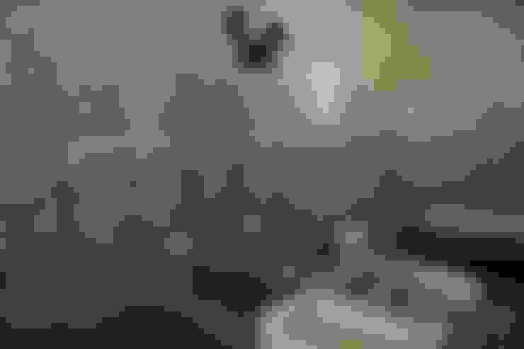 Apartamento Facundo Guerra: Banheiros  por MM18 Arquitetura