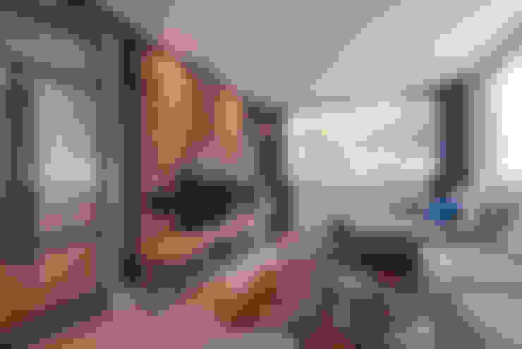 Living room by Wonderwall Studios