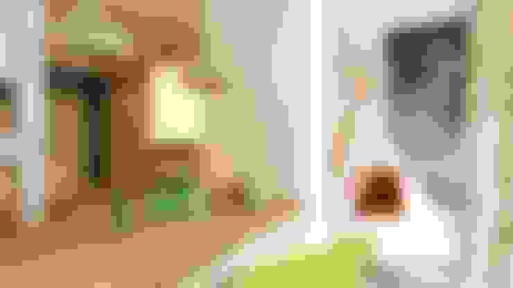 Nursery/kid's room by Apolonov Interiors