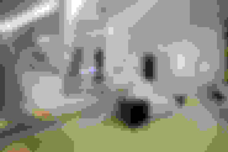 Loft do Futuro: Salas de estar  por Espaço do Traço arquitetura