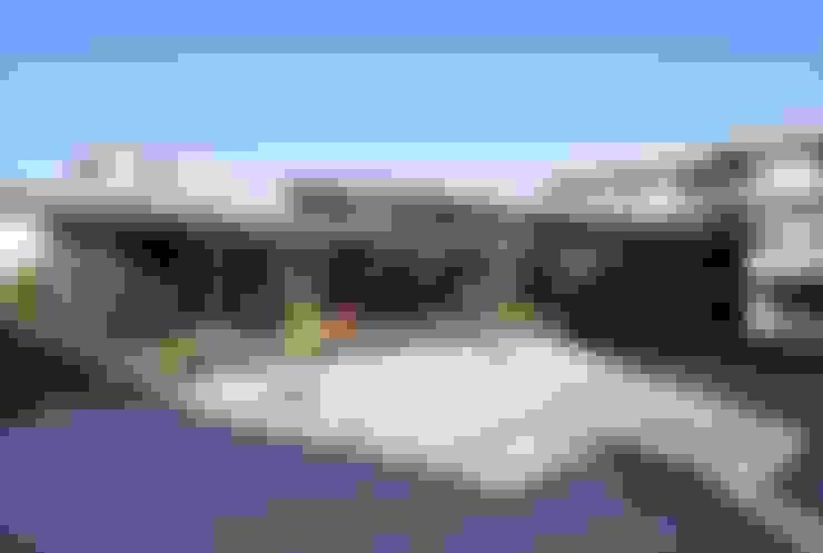 Houses by 長谷川拓也建築デザイン