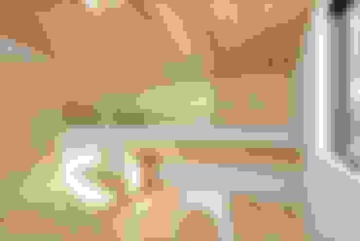 Nursery/kid's room by 長谷川拓也建築デザイン