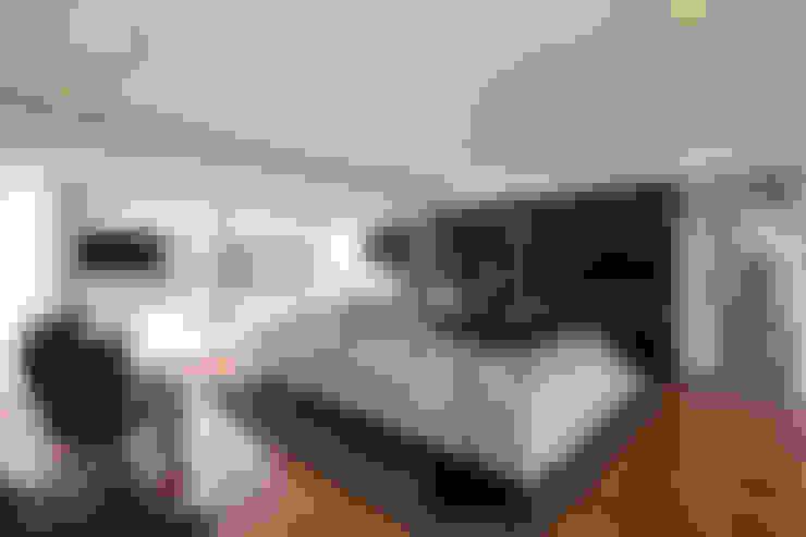 Salas de estar  por Atelier Lopes da Costa