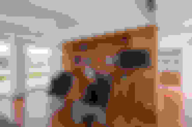 Atelier Lopes da Costa:  tarz Oturma Odası