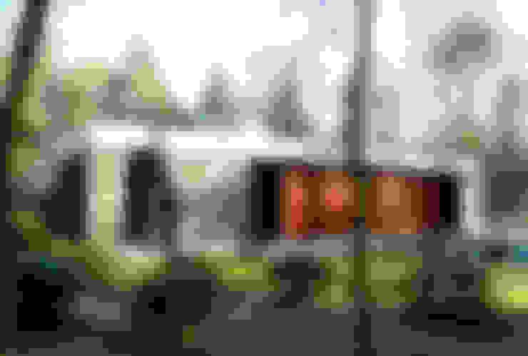 Bungalows in stile  di Justus Mayser Architekt