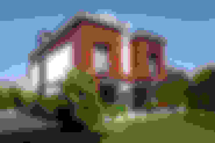 Terrazza in stile  di Mimkare İçmimarlık Ltd. Şti.