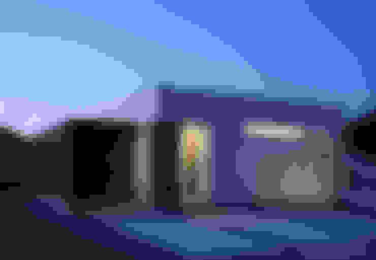 Houses by 松岡健治一級建築士事務所