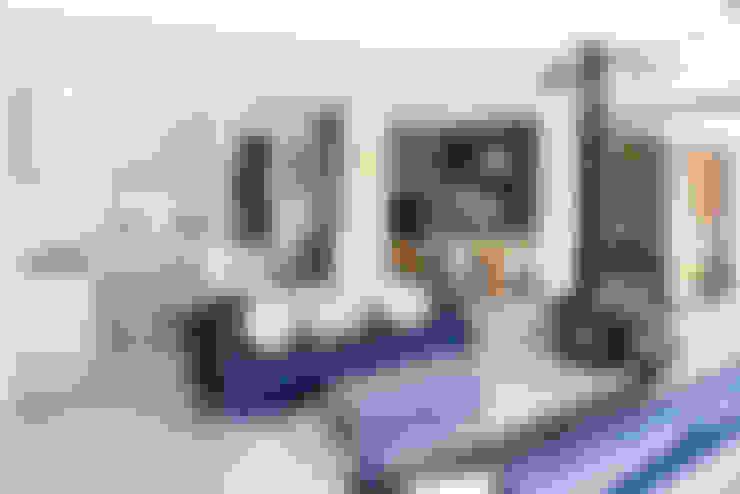 Broadgates Road SW18:  Living room by BTL Property LTD