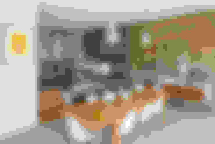 Salle à manger de style  par BTL Property LTD
