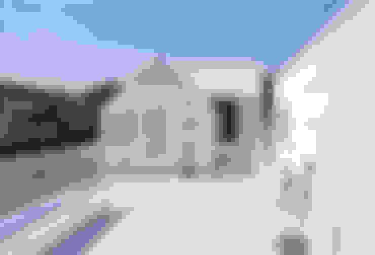 山崎町の住居: 島田陽建築設計事務所/Tato Architectsが手掛けたテラス・ベランダです。