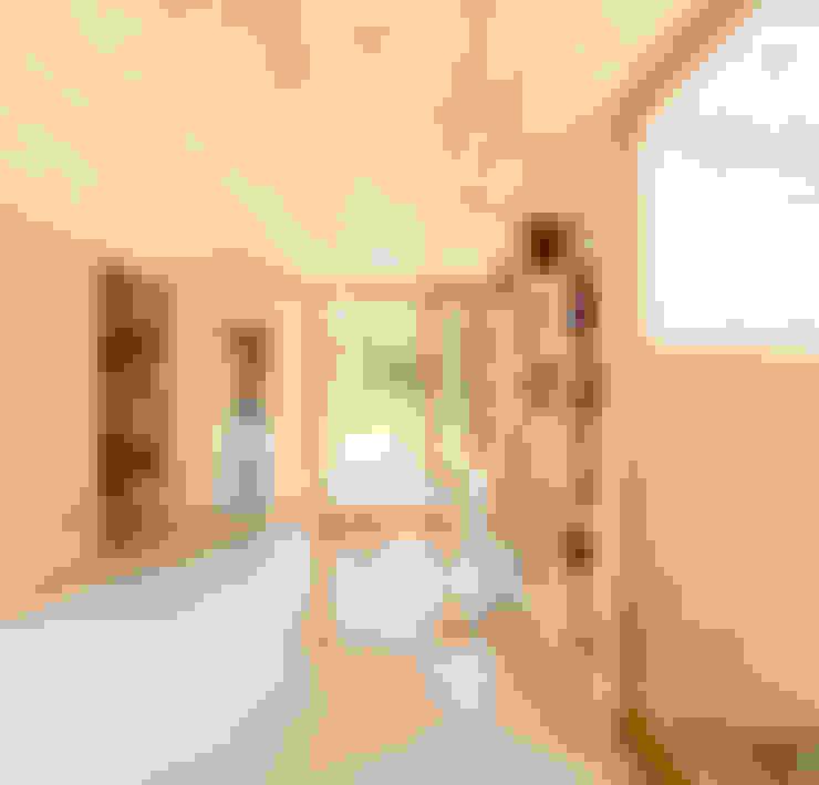 Casa GG: Estudios y despachos de estilo  de Alventosa Morell Arquitectes