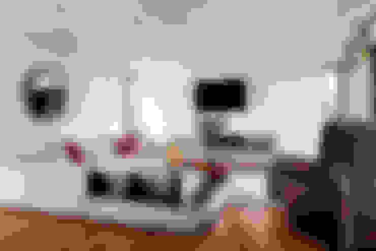 Salas de estar  por Moda Interiors