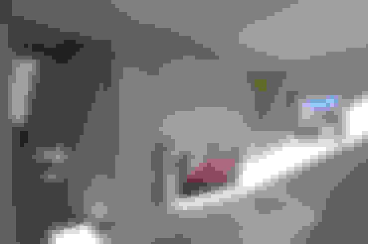 I邸: 森吉直剛アトリエ/MORIYOSHI NAOTAKE ATELIER ARCHITECTSが手掛けた子供部屋です。