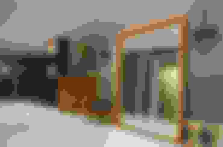 Дизайн-бюро ARCHPOINT의  바 & 카페
