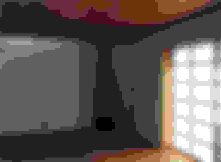 Гостиная в . Автор – 竹内裕矢設計店