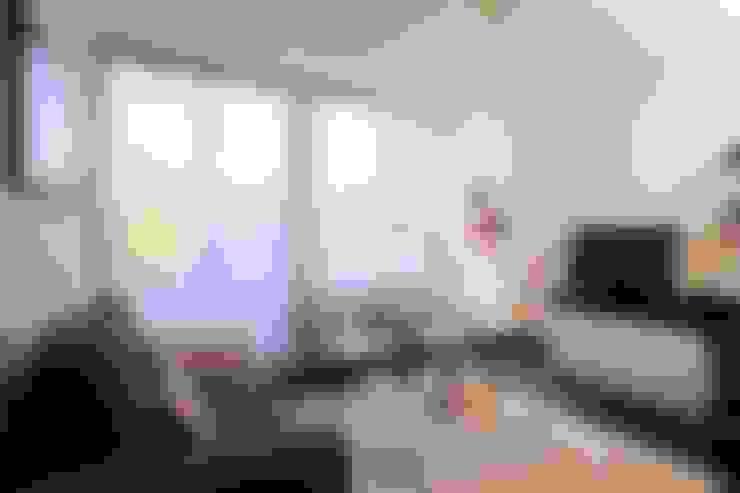 Sala de Estar: Salas de estar  por Traço Magenta - Design de Interiores