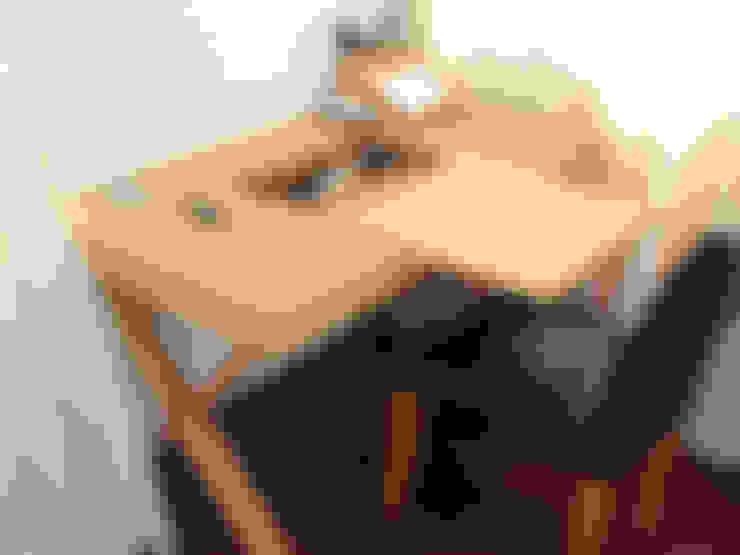 Study/office by Finoak LTD