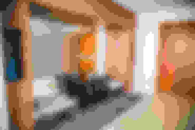 Koridor dan lorong by HAUS