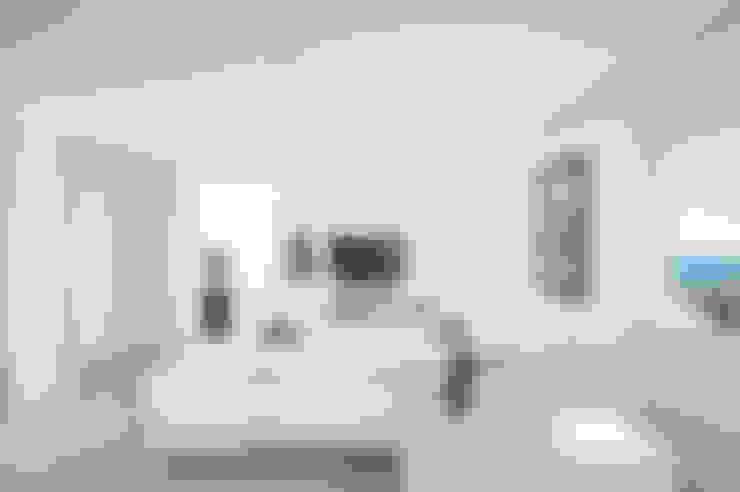 Salas / recibidores de estilo  por stefania eugeni