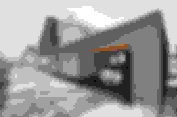 Garasi by Pakula & Fischer Architekten GmnH