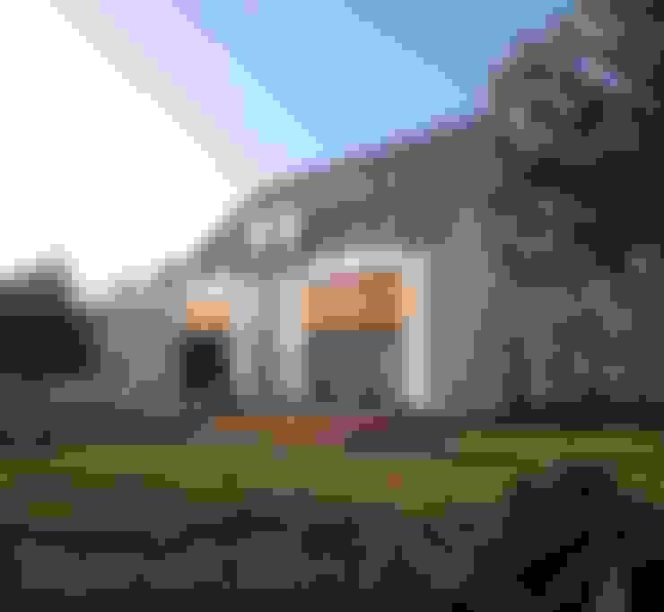Дома в . Автор – ILLUMISTUDIO