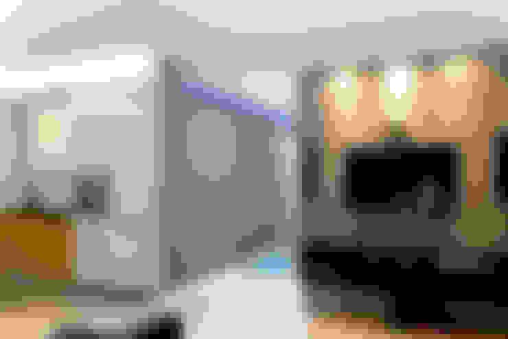 TNC: styl , w kategorii Salon zaprojektowany przez Och_Ach_Concept