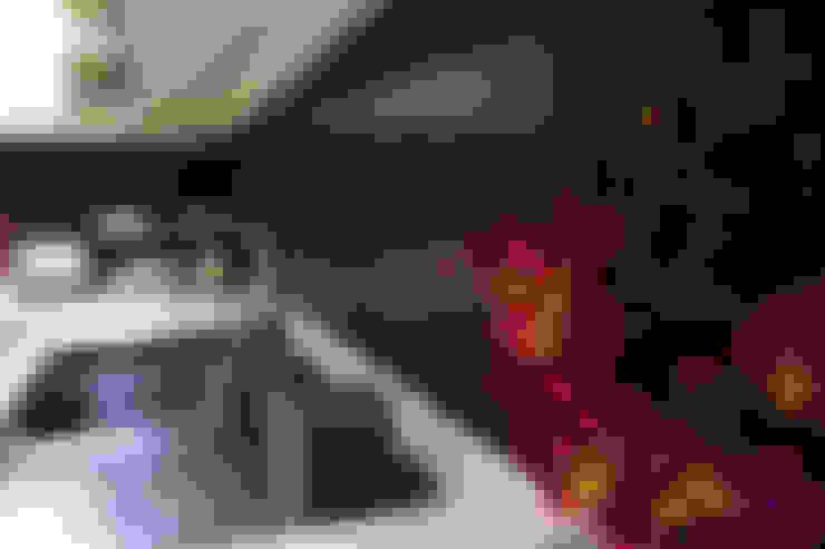 Cocinas de estilo  por NM Mimarlık Danışmanlık İnşaat Turizm San. ve Dış Tic. Ltd. Şti.
