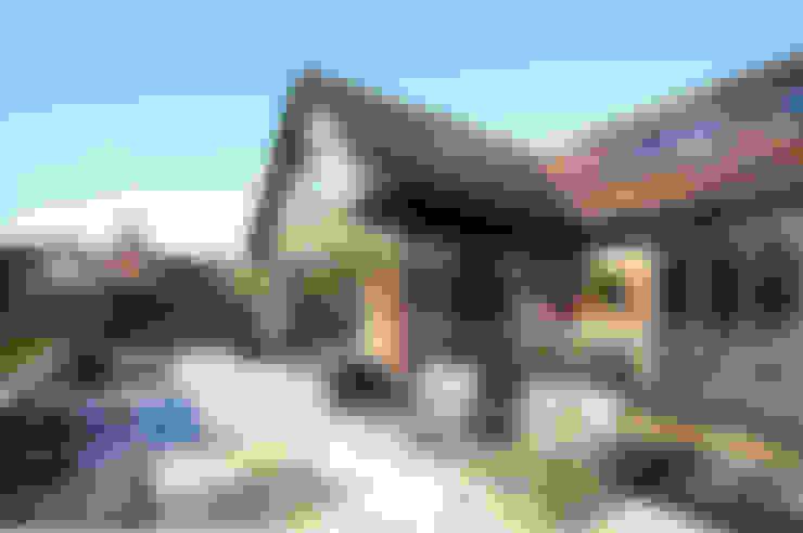 Projekty,  Domy zaprojektowane przez Zodiac Design