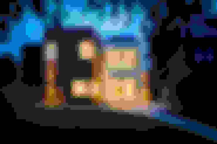 Casas de estilo  por MZO TARR Architects