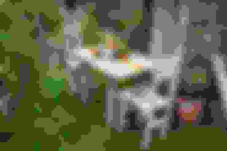 Garden  by Julia's Driftwood