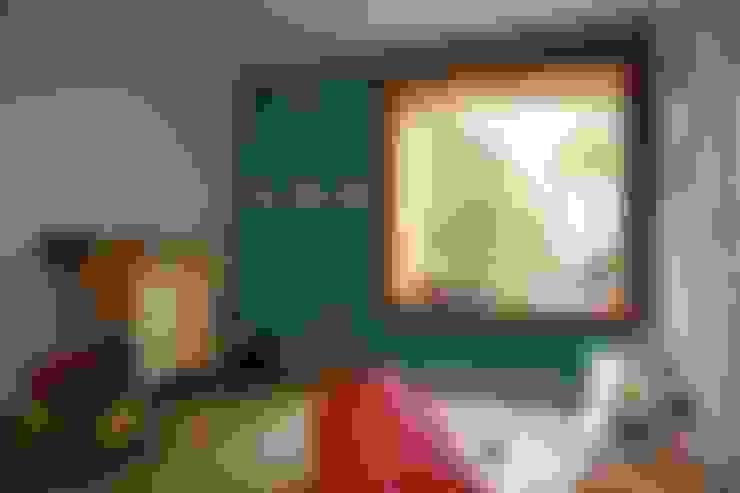 Dormitorios infantiles de estilo  por böser architektur