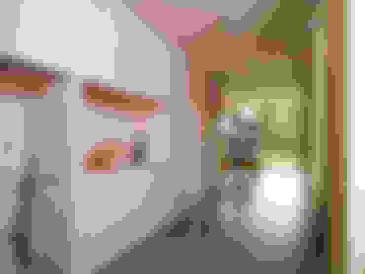 Passiefhuis Witven:  Eetkamer door Thomas Kemme Architecten