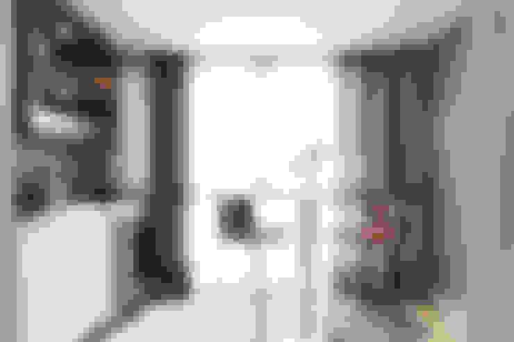Apartamento Menino Deus: Adegas  por Arquiteto Gustavo Redlich & Associados