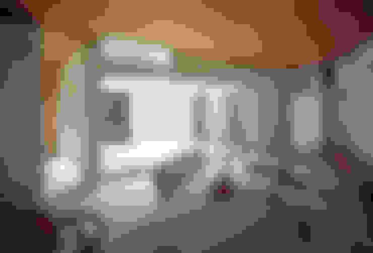 Ruang Makan by 山本卓郎建築設計事務所
