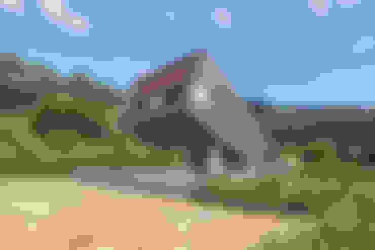 Houses by PRAUD
